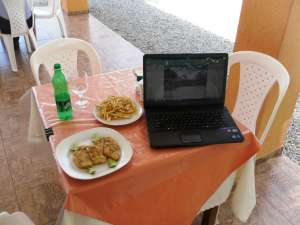 3-Fillet's of Fresh Caught Grouper, Fries a Drink and Free Internet All For Around 4.00 U.S.