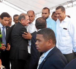 The Mayor Informing President Danilo who the Gringo is and what DR Escapes doing in the town of Cabrera.