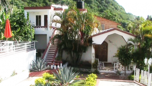 Lovely place with only 6 or 8 rooms. Quiet and very affordable.