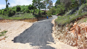 Montaña y Mar Project Roads Widened and Paving Started